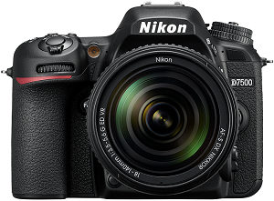 Nikon D7500 Digital SLR with 18-140mm VR Lens